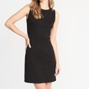 Sleeveless Ponte-Knit Sheath Dress
